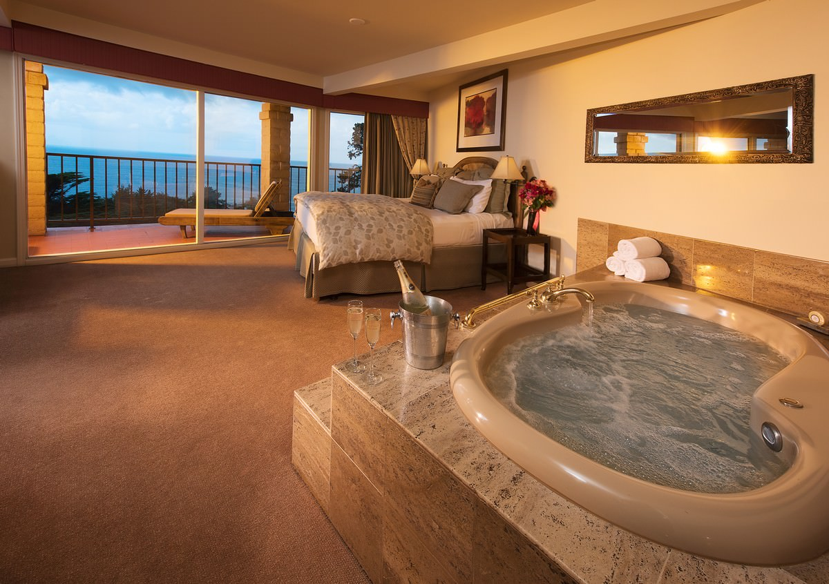 Reserve A Deluxe Ocean View Suite For The Ultimate Pampering